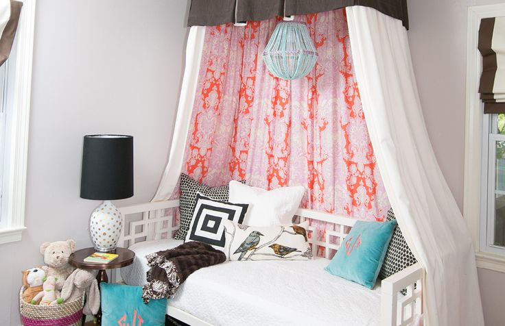 Kristin Jackson's Atlanta Home Tour // bedroom // children // canopy // twin size bed // Photography by Amanda Coker, Dash Photography