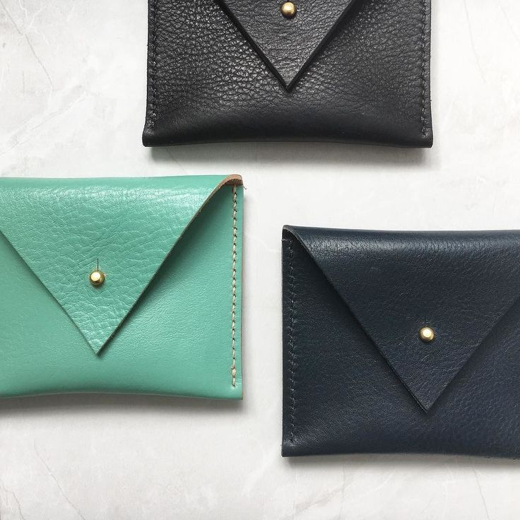 These coin purses were best sellers at the weekend - grab yours quick! Taking pre-orders now for collection @broadwaymarket this Saturday. Drop us a message with your colour preference and we'll get it ready for you.  #broadwaymarket #leather #purse #minimalist #madeinlondon #eastlondon #carv