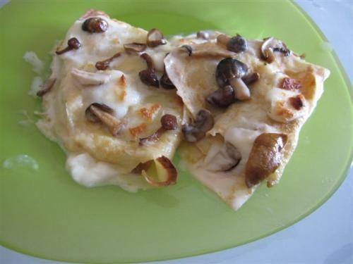 Crespelle ai funghi. Scopri ricetta: http://www.misya.info/2010/03/17/crespelle-ai-funghi.htm