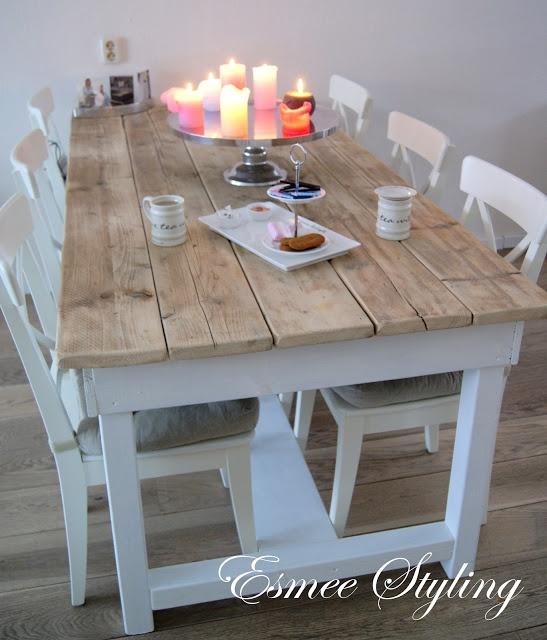 Mooie landelijke tafel maar weet niet of de losse planken functioneel zijn met de kids
