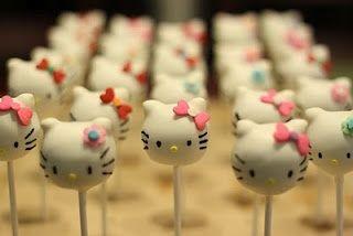 Lembrancinhas da Hello Kitty - Cake Pops