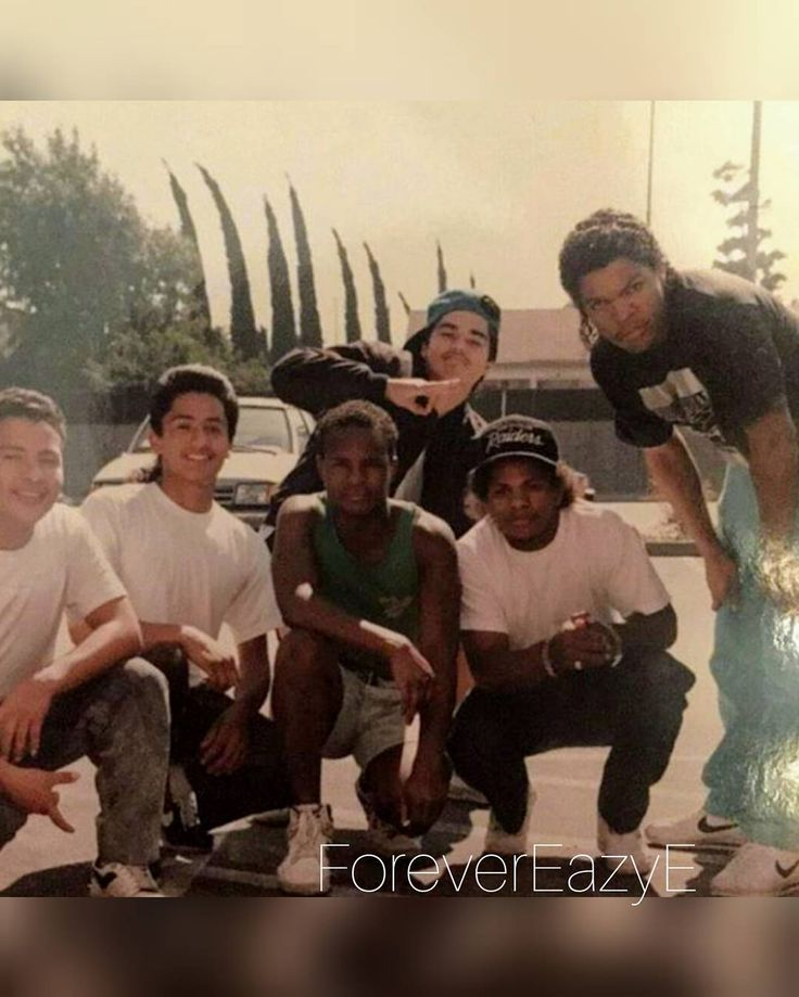 Eazy-E / Ice Cube × Fans  #hiphop#rap#goldenage#oldschoolhiphop#realhiphop#90shiphop#gangsterrap#eazye#nwa#ruthlessrecords#hiphopmusic#longliveeazy#1990s#90s#straightouttacompton#compton#littlebigman#ericwright#hiphopthugsta#godfatherofgangstarap#godfatherofgangsterrap#ForeverEazyE#wewanteazy#eazyduzit#RealGsStayRuthless#ViolentHero#comptonsfinest