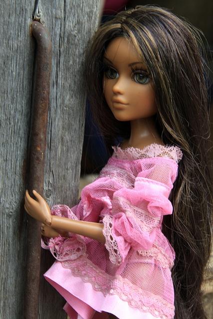 My new doll, Bijou --Moxie Teenz Bijou by NarcissusNarcosis, via Flickr