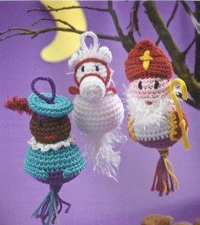 Inspiratie gevonden: Gehaakte Sint, Piet en paard. Misschien een leuk project voor in december?  Inspiration for december.