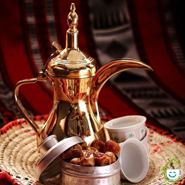 قهوه عربی Arabic Coffee به دلیل استفاده از ادویه های خوش عطر و طعم بی نظیر یک قهوه خاص است که آموختن طرز تهیه آن خالی از لطف Coffee Coffee Cafe Arabic Coffee