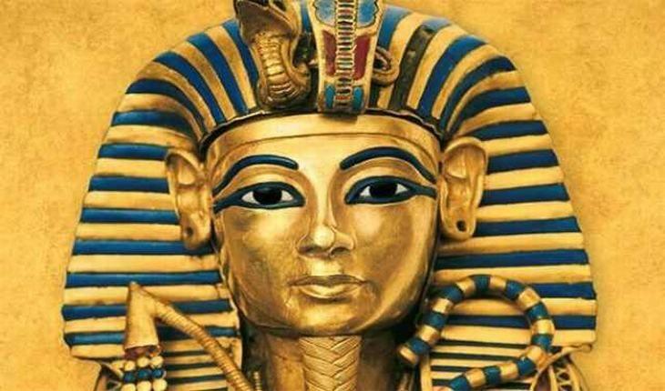 """As pirâmides foram construídas há muito tempo, mas muito tempo - até mesmo o Rei Tutancâmon do Egito teria provavelmente as visto como estruturas """"antigas""""."""