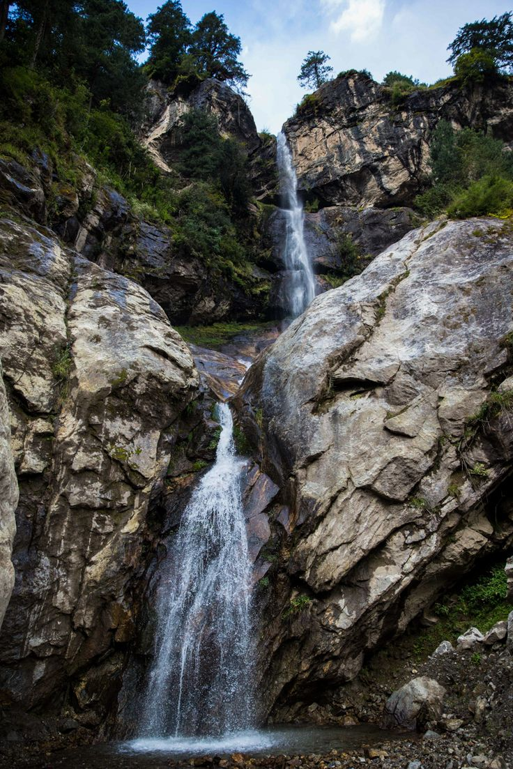 Everest basecamp trek photos - day 1 - waterfall on the way to monjo