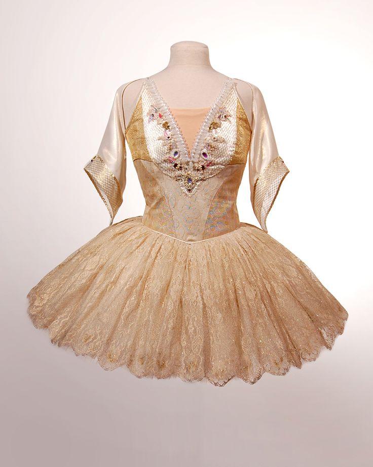 Tutu · Swanilda · Ballet · Coppélia · Costume Designer · Diseño de Vestuario: Ana Carolina Figueroa