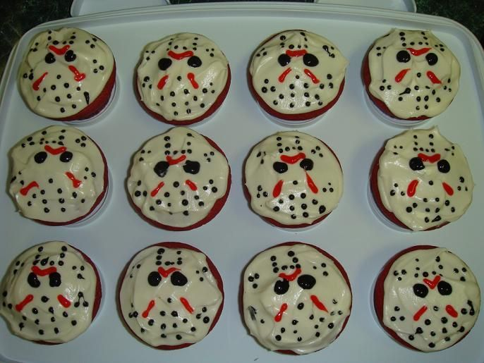 Friday the 13th Jason Voorhees cupcakes http://riseandshinecatering.com/blog/2012/04/friday-the-13th-jason-voorhees-cupcakes/