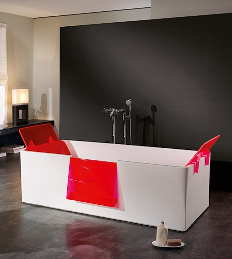 bad aquamass met bad hi bath van matali crasset en kranen. Black Bedroom Furniture Sets. Home Design Ideas