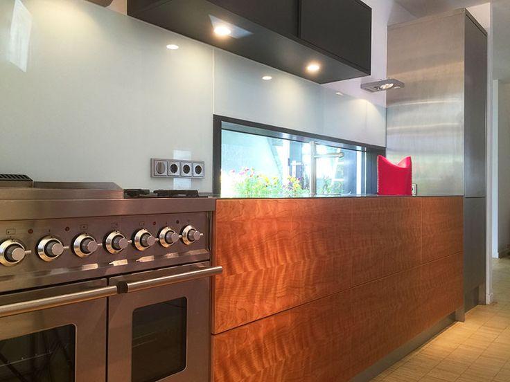#design keukens RVS en kersenhout - DIEVORM