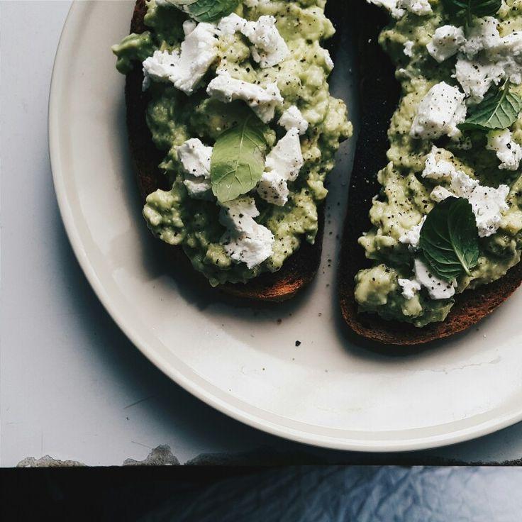 #christmas #breakfast #smashed #avocado #toast oh my