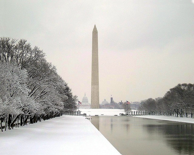 The Reflecting Pool And Washington Monument In Winter Washington D C Scenes Pinterest