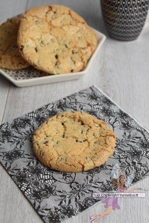 Croquants caramel et chocolat. Recette de cuisine ou sujet sur Yumelise blog culinaire. Des galettes hyper croquantes, au bon goût de caramel et de chocolat. Voilà un bon goûter très simple à réaliser.