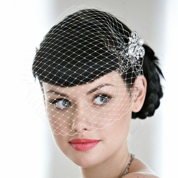 Edith Birdcage Veil wedding veil bridal veil deco by EMbridal; Sparkly pendents too sparkly.