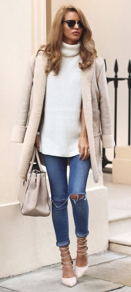 Soft neutral shearling jacket outfit