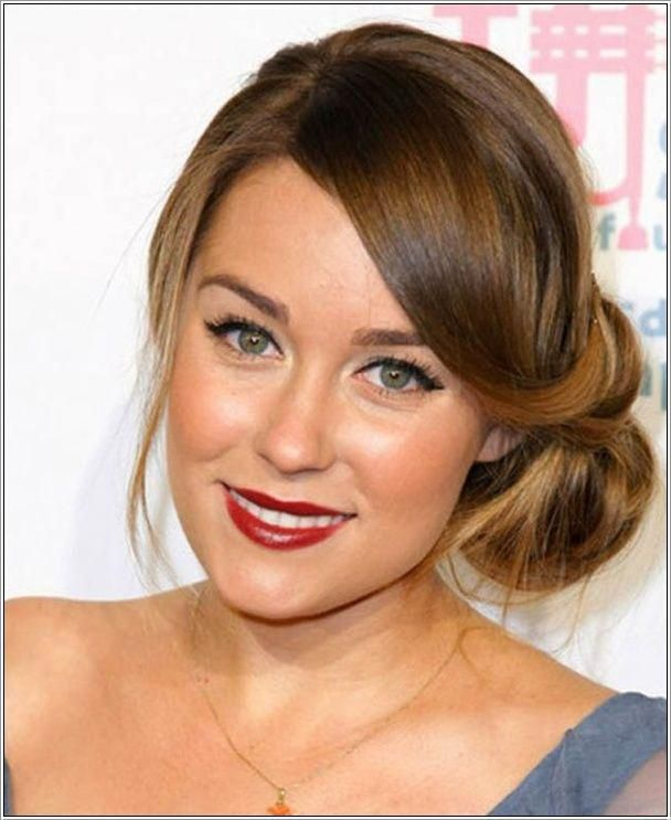 If you are fan of a bun and want to experiment with it yet looking good then you should go for this neat side swept bun. If you have long silky hair t...