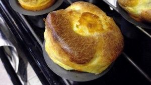 Homemade Popovers Recipe  - super easy, yummy bread recipe!