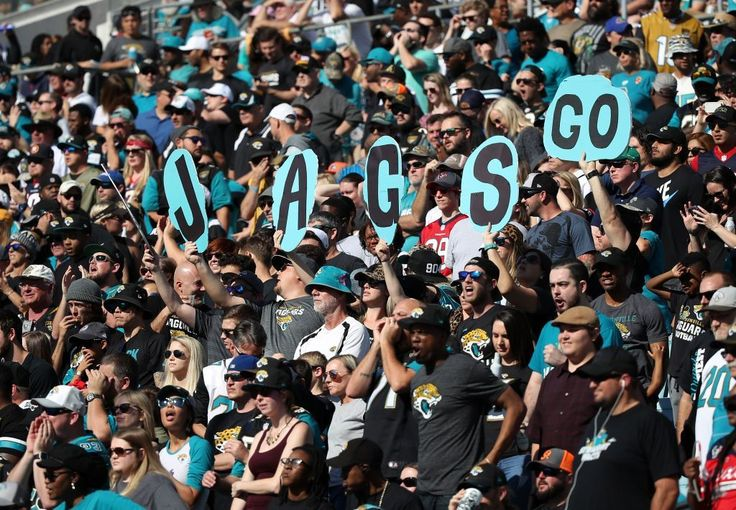 Jaguars donate playoff tickets to refugees, Puerto Rico hurricane victims