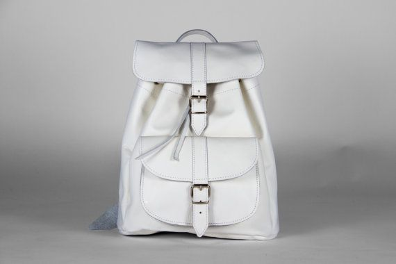 Handmade White Medium Leather Backpack one pocket by MagusLeather, €148.00
