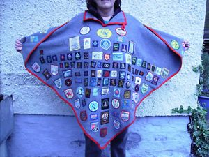 Girl guides camp blanket - Like the collar as an alternative to a hood