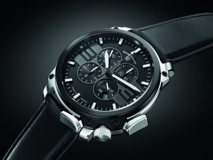 JUNGHANS Aerious Chronoscope - Erhard Junghans war ein ungewöhnlicher Vordenker seiner Zeit. Die Modelle dieser Linie verstehen sich als eine Hommage an den Unternehmensgründer – dem Pionier der deutschen Uhrmacherei.
