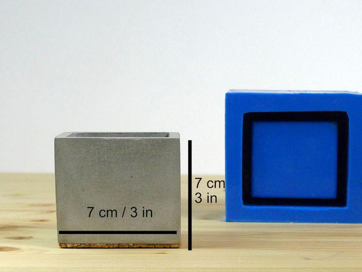 Silicone mold for concrete square planter