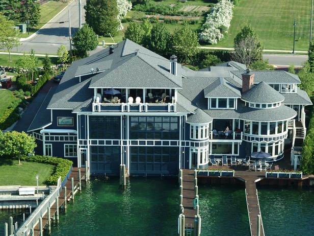 WOW. Check out the 'boathouse'. Incredible. Click to go inside.