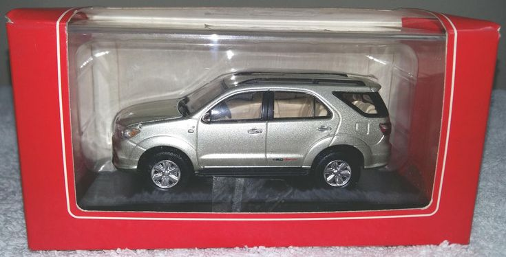 Toyota Fortuner TRD Sportivo 4X4 RIMS Die Cast Miniature Scale 1/43 #RIMS #TOYOTA