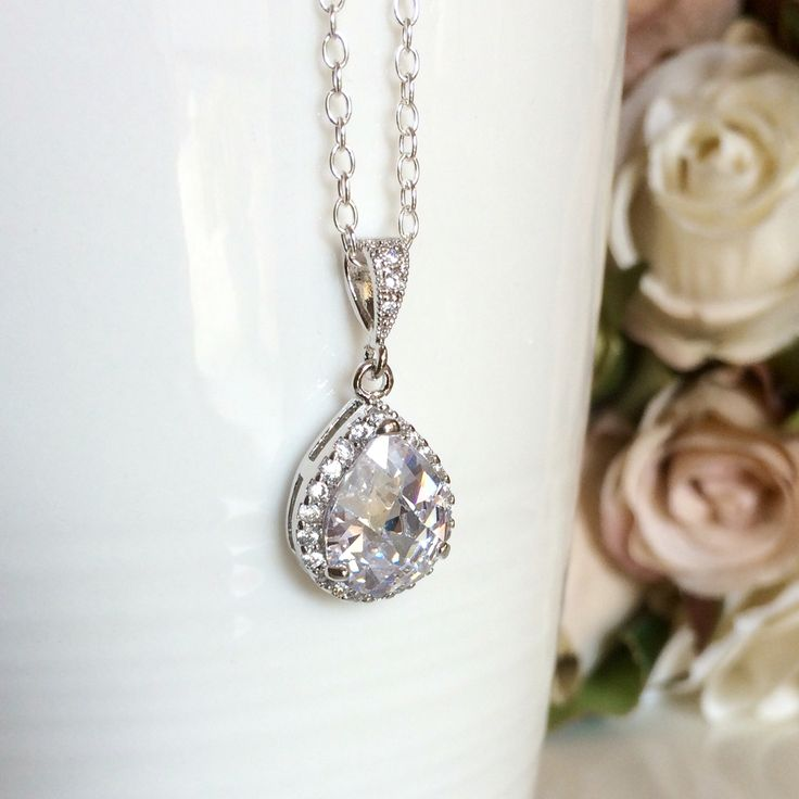 Sterling silver teardrop bridal necklace by Colour and Sparkle. Visit our Etsy store for more bridal jewellery, wedding jewellery and wedding accessories