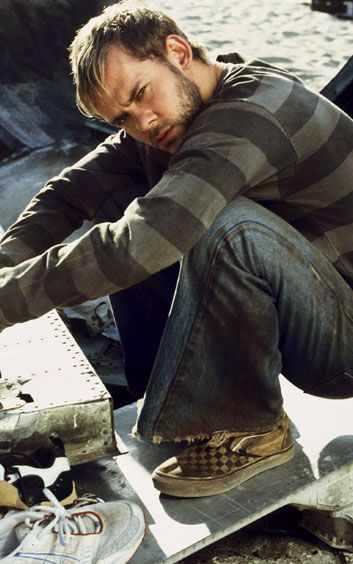 Dominic Monaghan aka Merry from LOTR and Charlie from Lost<3 My on screen weakness!