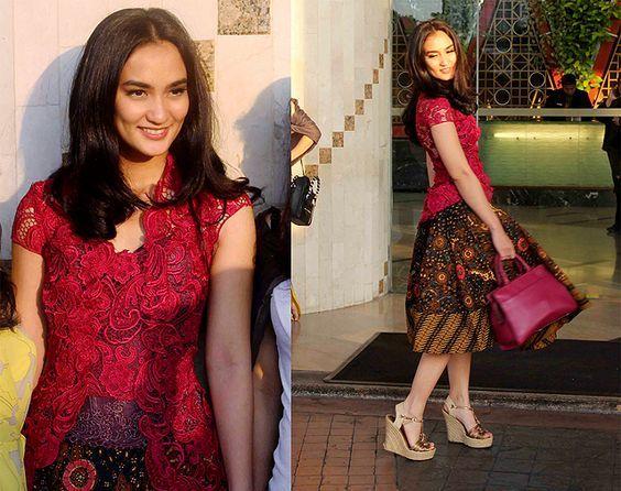 Kutubaru kebaya top and batik skirt of Indonesia