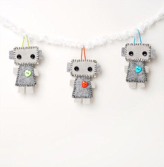 Mini+Robot+Plush+Hanging+Ornaments++Tags++Crib+di+GinnyPenny,+$15.00