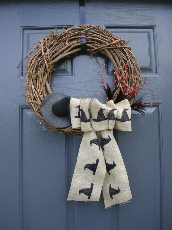 Witches Hat Halloween Wreath: Witch Hats