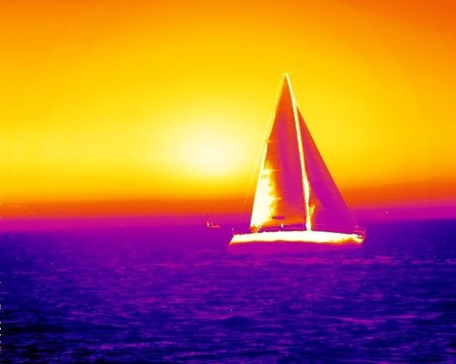 Thermal view of a #yacht through a FLIR camera