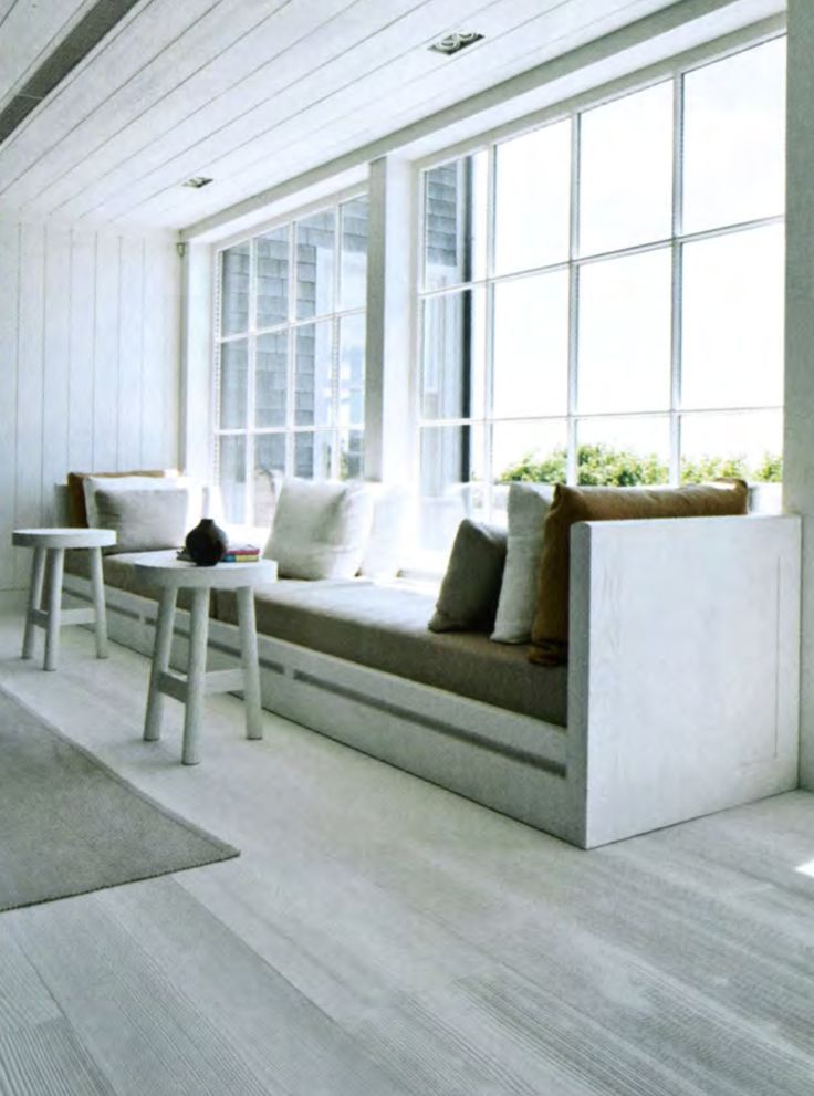 Luxury beach house by french interior designer Christian Liaigre *Great idea for the kitchen table