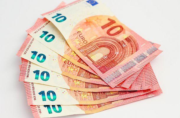 Když si vezmete bonus bez vkladu pro obchodování Forexu, měli byste vědět, co musíte splnit, aby vám ty peníze na účtu zůstaly a mohli jste je nakonec i vybrat.