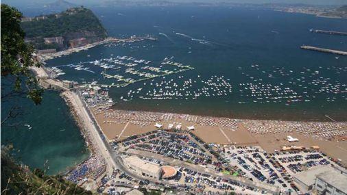Bagnoli, ormeggi abusivi: sequestrati 8mila metri di litorale