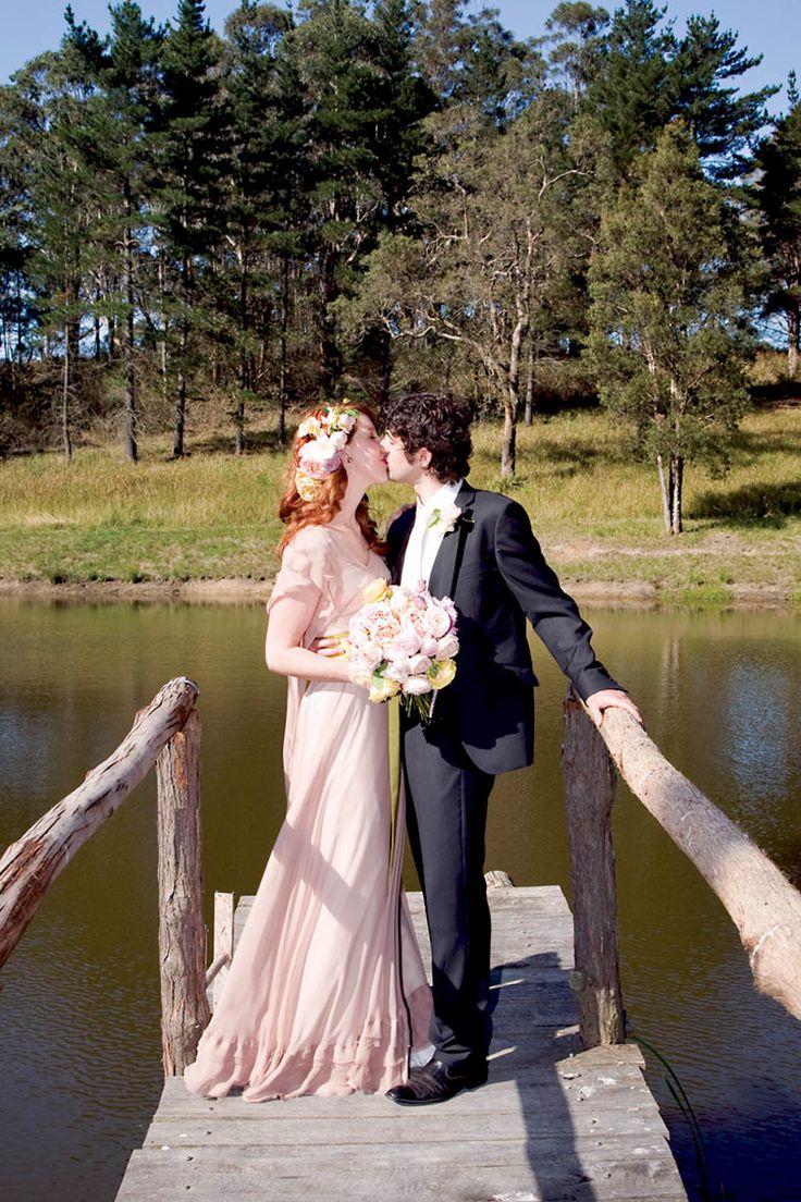 #wedding #portrait #pier #kiss #love  Photography by Hanna Hosking, Hang Studio