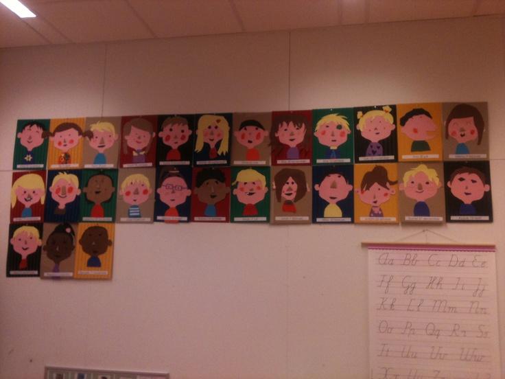 Verjaardagskalender. Ieder kind heeft een portret van zichzelf geknutseld.