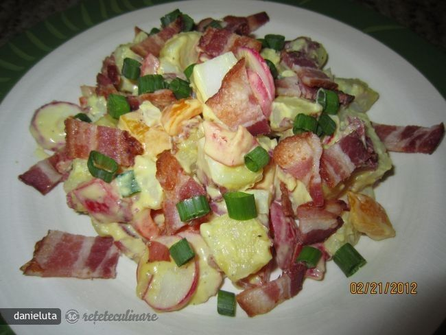 salata de cartofi rosii cu bacon 60710.jpg