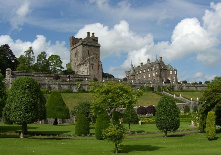 Scotland: Scotland, Buckets Lists, Dreams Vacations, Castles Gardens, Places, Drummond Castles, Travel Destinations, Landscapes Photography, Scottish Castles