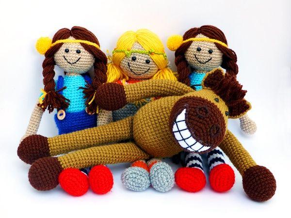 Megrendelésre készült ez a kis vidám brigád  / This little cheerful team made to order :)