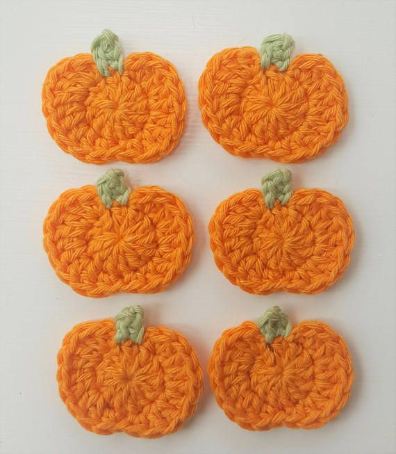 6pcs Small crochet pumpkins, crocheted by hand in 100% cotton yarn. Colours: Vibrant orange, Apple green.  Size: 4.5cm wide x 4cm high/ 1.75in wide x 1.6in high These little pumpkin appliques are ideal to embellish a wide array of items: hair accessories, brooches, sewing projects, scrapbooking, cardmaking, blankets, bunting, garlands and many others crafty items.