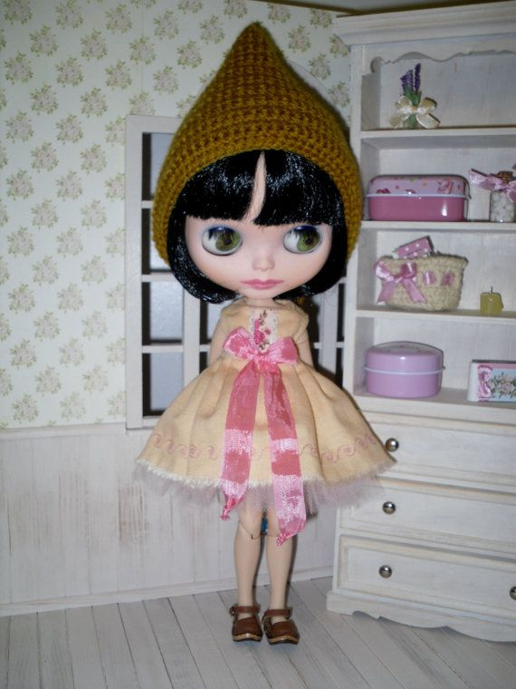 Apricot dress and pink tutu for Blythe  set for by LittleGiftCove