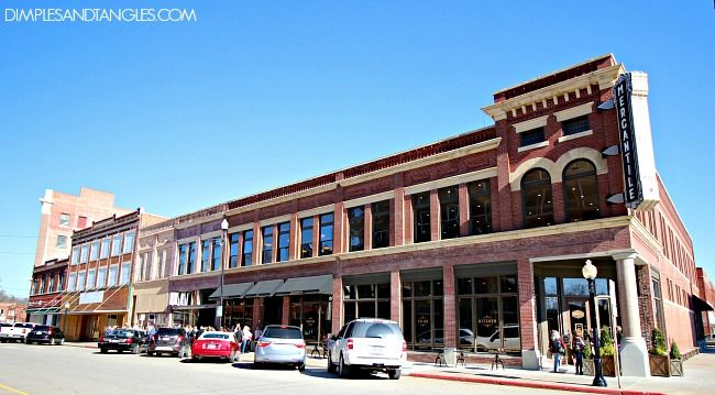 pawhuska women The pioneer woman mercantile, pawhuska: see 520 unbiased reviews of the  pioneer woman mercantile, rated 45 of 5 on tripadvisor and ranked #1 of 18.