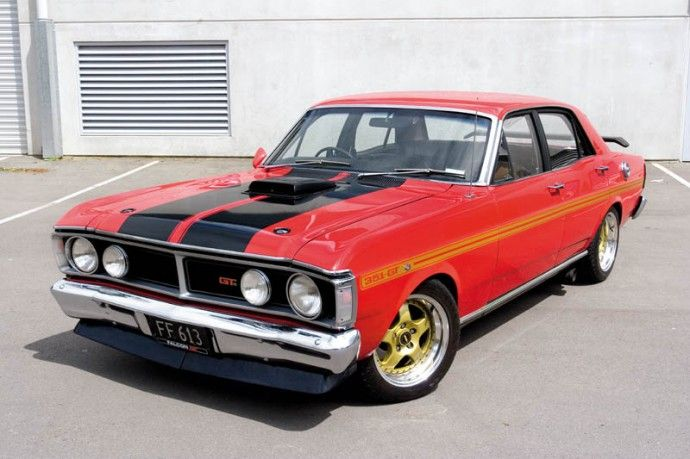 1971 XY Ford Falcon GT-HO Phase 3 'Shaker' - 351 Cleveland motor