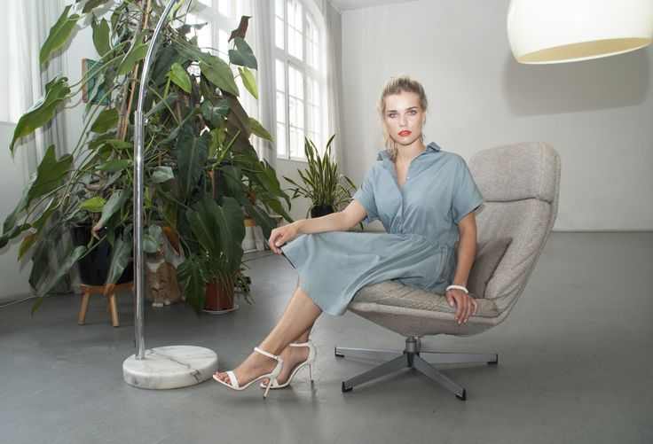 STUDIO JUX | a designer brand from Amsterdam. JUX is a German word for fun. According to studio JUX, fashion should be fun: for you as the consumer, for the designer and for the manufacturer. Studio JUX offers a unique combination of fashion, Dutch design and sustainability.