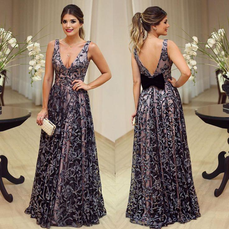 Da noite!! 💃🏻💃🏻 Vestido @aldatoscano • #lookcasamento #lookdanoite #lookofthenight #ootn #blogtrendalert