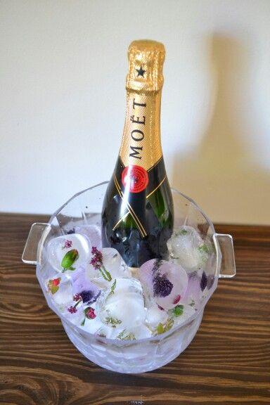 238 best images about champagne kisses on pinterest for Champagne brunch bridal shower